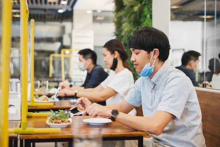 egah Penularan Covid-19, Wajib Lakukan 6 Hal Ini Saat Makan di Resto